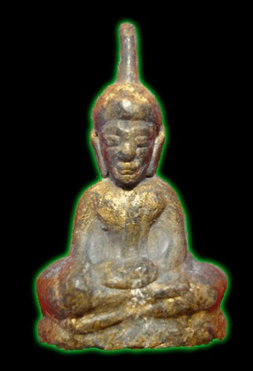 Pra Ta Gradan Thai Amulet made by Por Gae Lersi?